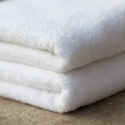 Białe ręczniki hotelowe Kea 450 g/m2 100% bawełna